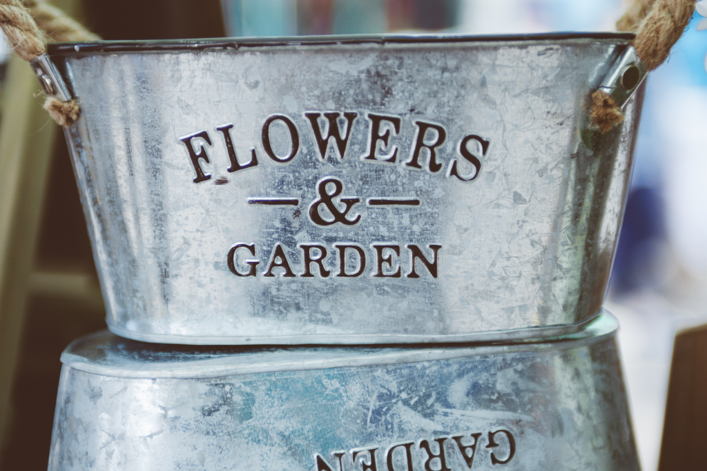 Flowers & Garden containers